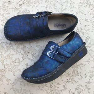 ALEGRIA Alli Blue Twist Closed Heel Clogs Size 41